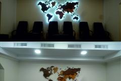 карта Мира из фанеры с подсветкой